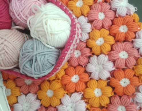 Crochet flower pillow case | Happy in Red