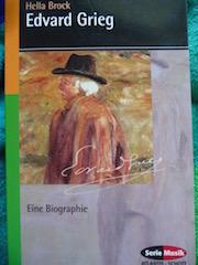 http://samtpfotenmitkrallen.blogspot.ch/2015/12/kurzrezension-edvard-grieg-biografie.html