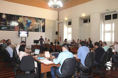 Diretoria de Geologia e Recursos Minerais realiza reunião técnica no escritório do Rio de Janeiro