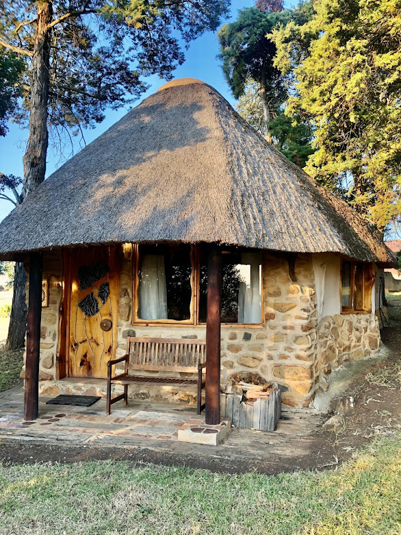 Affordable Drakensberg accommodation, Drakensberg hotel, Antbear Lodge