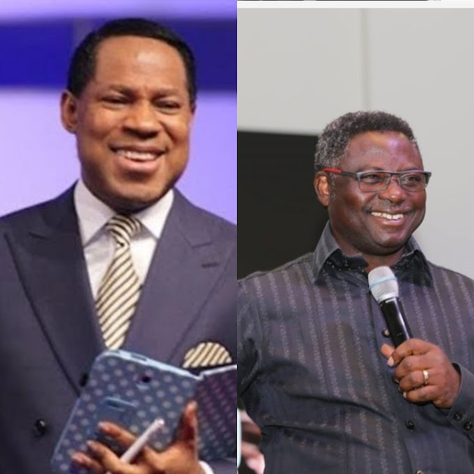 WATCH THE VIDEO OF PASTOR CHRIS OYAKHILOME AND PASTOR ASHIMOLOWO URGED OVER 5G NETWORK ON A CHURCH SERVICE.