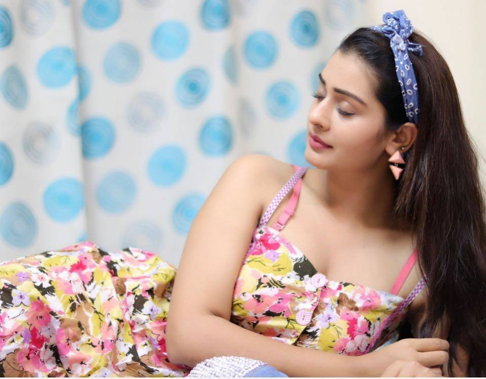 RX 100 Movie Actress Payal Rajput Unseen Hot Photo Stills