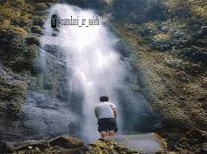 Info Lengkap Curug Cibeureum, Air Terjun Cantik di Lereng Gunung Gede Pangrango