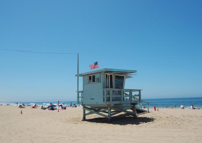 TravelGuidetoLA Santa Monica Beach Hut