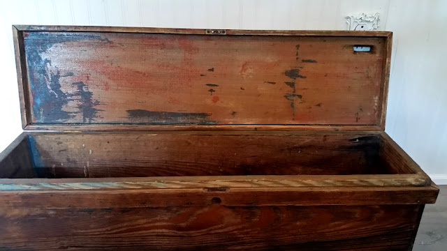 Restored Vintage Tool Box. Share NOW. #farmhouse #decor #vintage #toolbox #eclecticredbarn