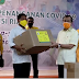 Indra Gunawan Eet Wakili DPD I Golkar Serahkan APD Kepada Pemrov Riau