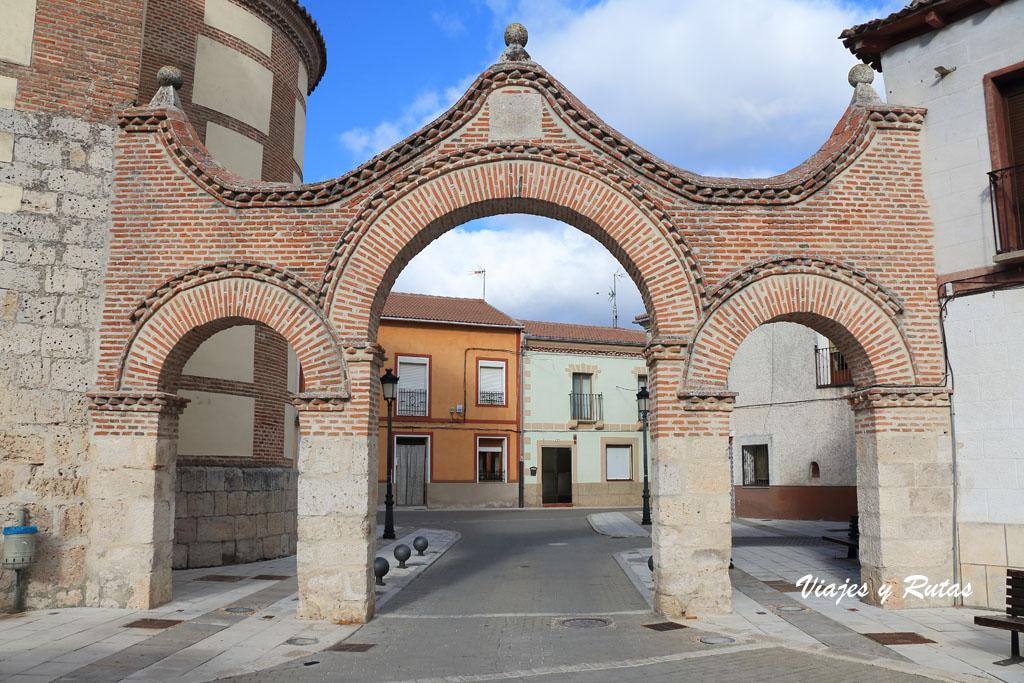 Tres arcos de la Plaza de la Villa, Portillo