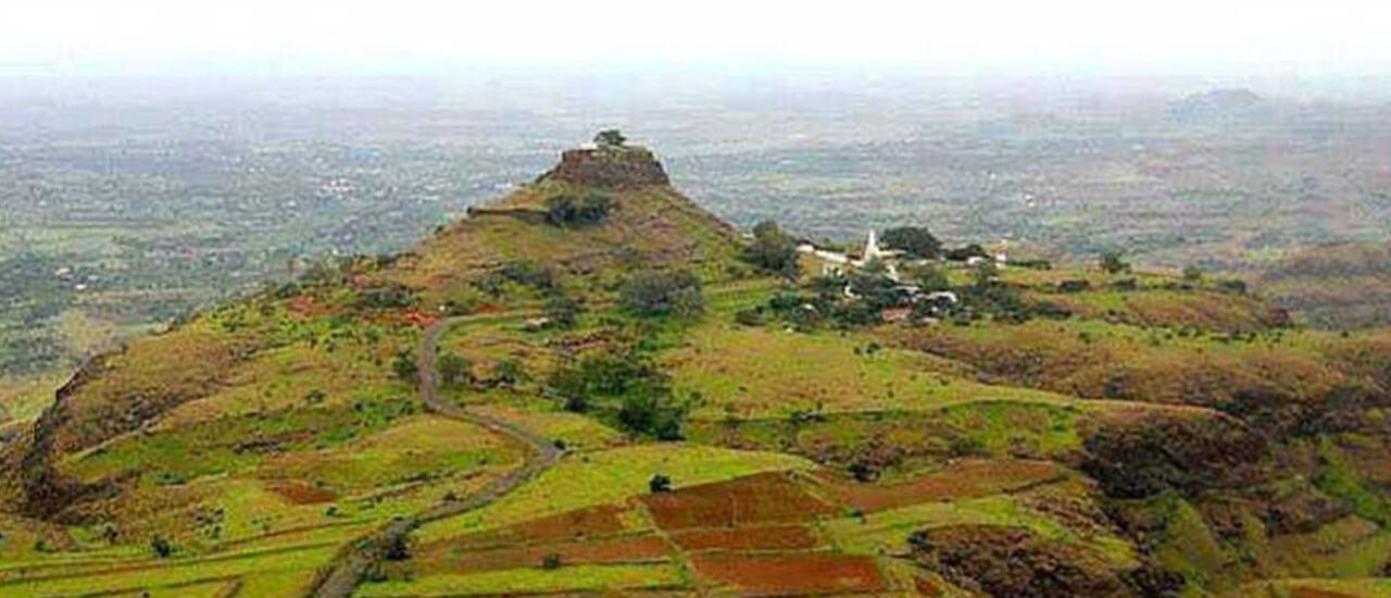 वारुगड किल्ला - Varugad Fort