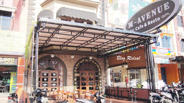 M Avenue Cafe & Resto: Tidak Sekedar Dekorasi