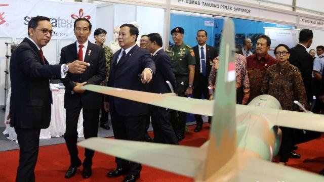 Jokowi Rencanakan Utang Asing Rp1,7 Kuadriliun Beli Alutsista