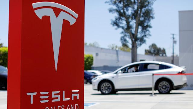 Un analista da un pronóstico optimista sobre Tesla y Elon Musk responde en Twitter