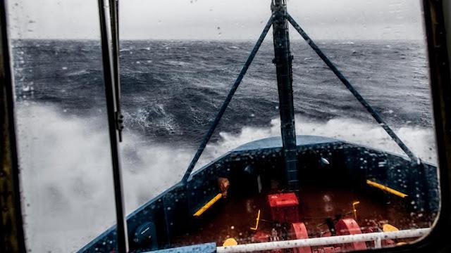 """""""Θρίλερ"""" με το ακυβέρνητο πλοίο στο ακρωτήριο Μαλέας"""