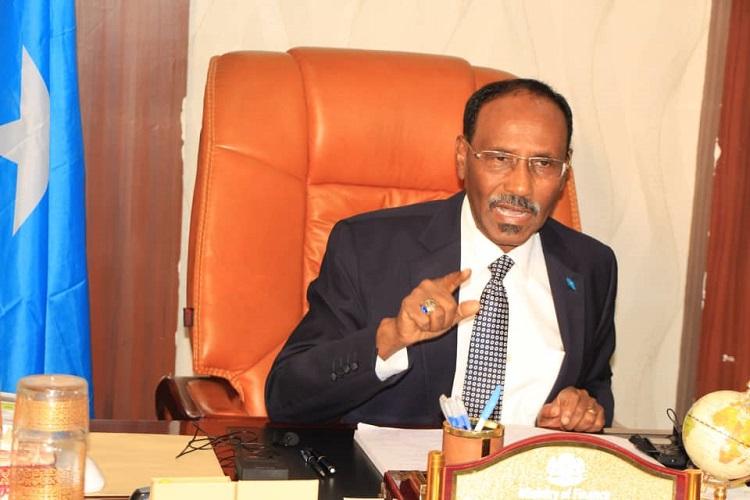 وزير المالية الصومالي: الصومال ستمضي قدما في جهود الحد من الفقر وفي تنفيذ مبادرة رئيسية لإنشاء موانئ وطرق للنقل فور إلغاء ديونها