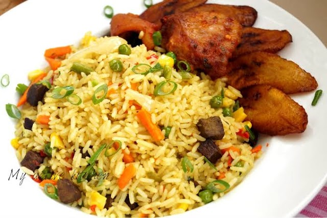 The Fastest Way To Cook An HomeMade Jollofrice And Friedrice.