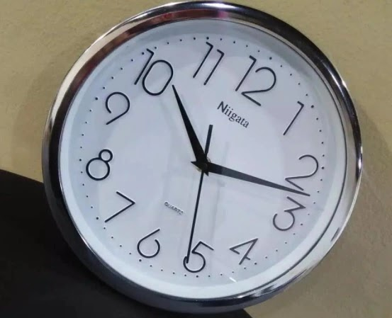 Jam Dinding Pengukur waktu