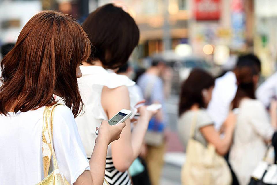 Telefones celulares e redes 5G estão acelerando o emburrecendo da humanidade