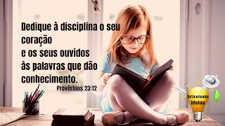 Dedique a disciplina ao seu coração e as palavras que dão conhecimento
