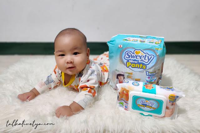 popok sweety silver pants agar bayi aktif nyaman bergerak