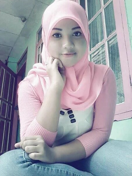 Jilbab Semox Memek Tembem Bugil Selfie