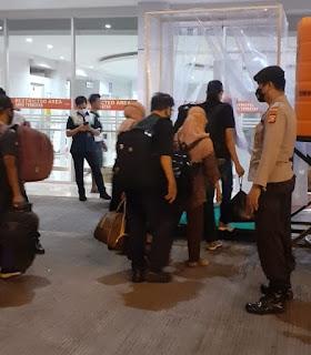 Awasi Penerapan Prokes, Polsek Soeta Rutin Beri Pengamanan di Pelabuhan Makassar