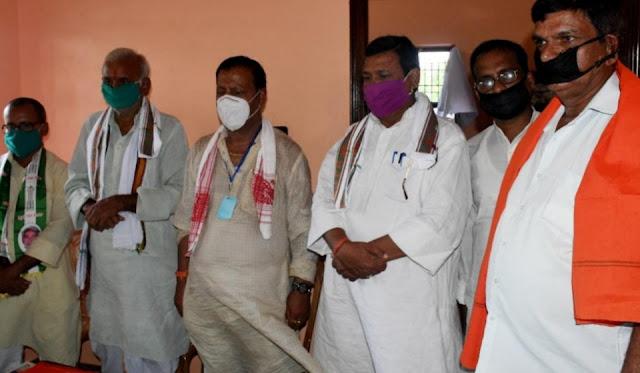 भाजपा परिवार ने अपने अभिभावक को खोया है : लालबाबू प्रसाद गुप्ता