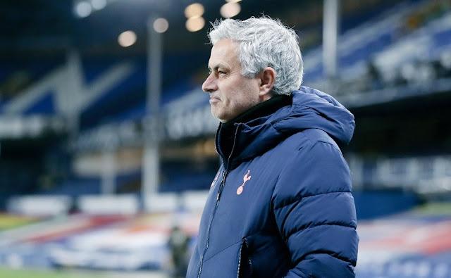 I feel sorry for Mourinho - Rio Ferdinand