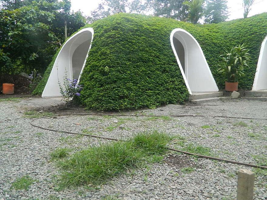 hobbit-holes-eco-friendly-houses-green-magic-homes-4