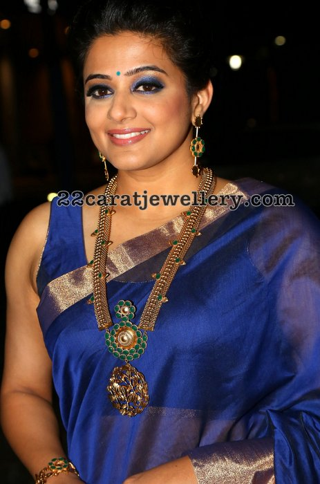 Priyamani in Antique Chain