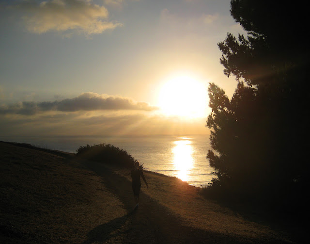 Alex walking on Palos Verdes trail - sun over the ocean, image by lb for linenandlavender.net - http://www.linenandlavender.net/2013/10/courage-and-fear.html