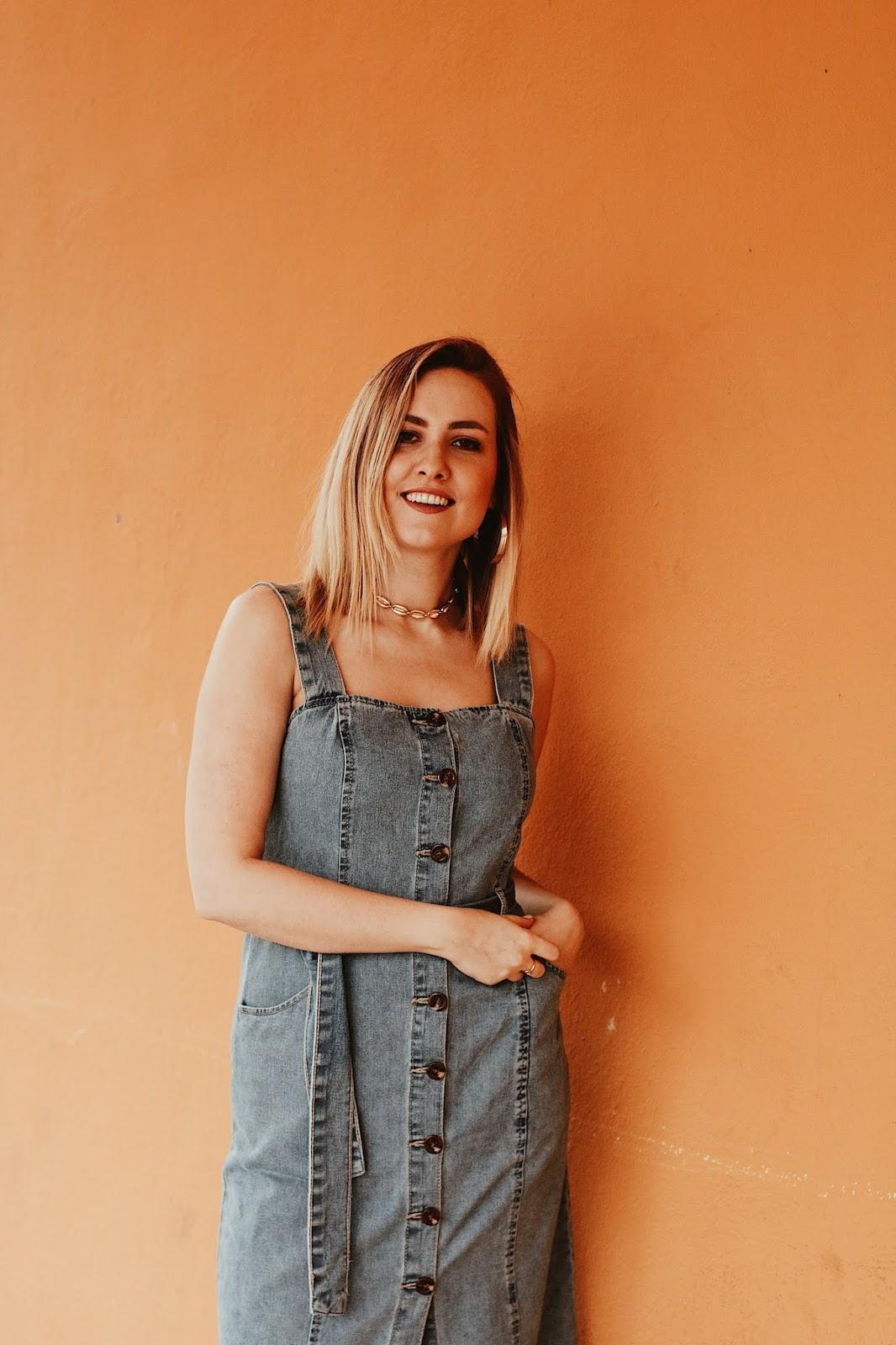Sukienka ogrodniczka z jeansu