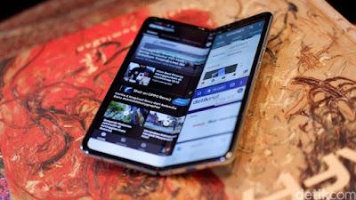 Xiaomi & Huawei Akan Pakai Layar Lipat Samsung