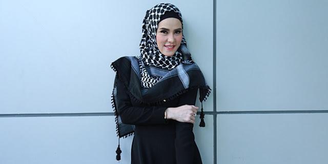 Tips Cantik Dengan Hijab Monochrome