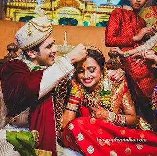 Chirag Thakkar with Parul Chauhan Wedding
