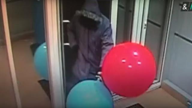 Hábil ladrón roba cajero con solo unos globos con gas