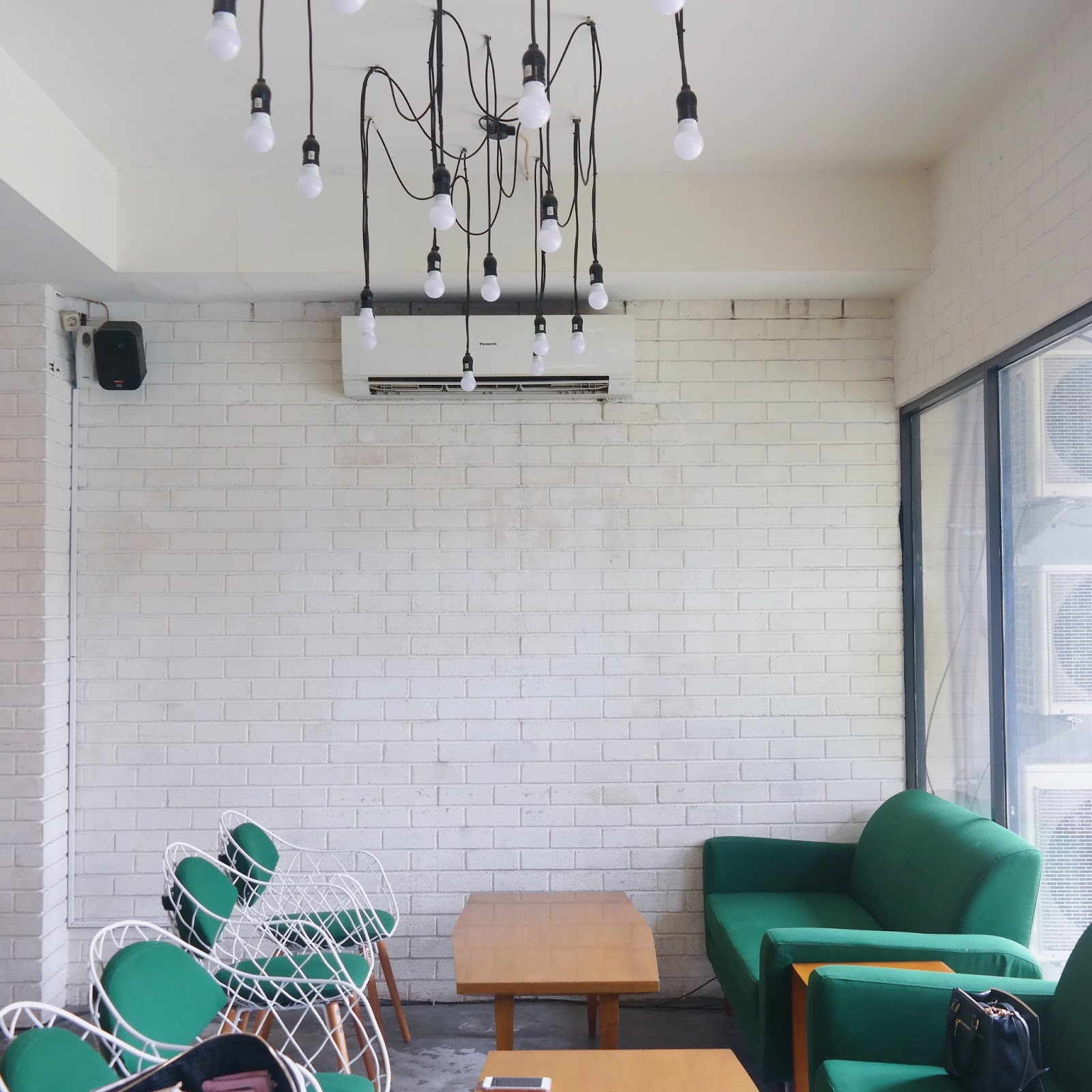 Taking The Space In Conclave Co Working This Eatery Adds Another Line To Long List Of Similar Cafes South Jakarta Area