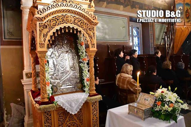 Γιατί η Αγία Βαρβάρα τιμάτε ιδιαίτερα στο Ναύπλιο - Το θαύμα και η εικόνα του ζωγράφου Αντωνίου Μπαρού