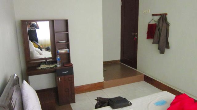 kamar di sandubaya guest house