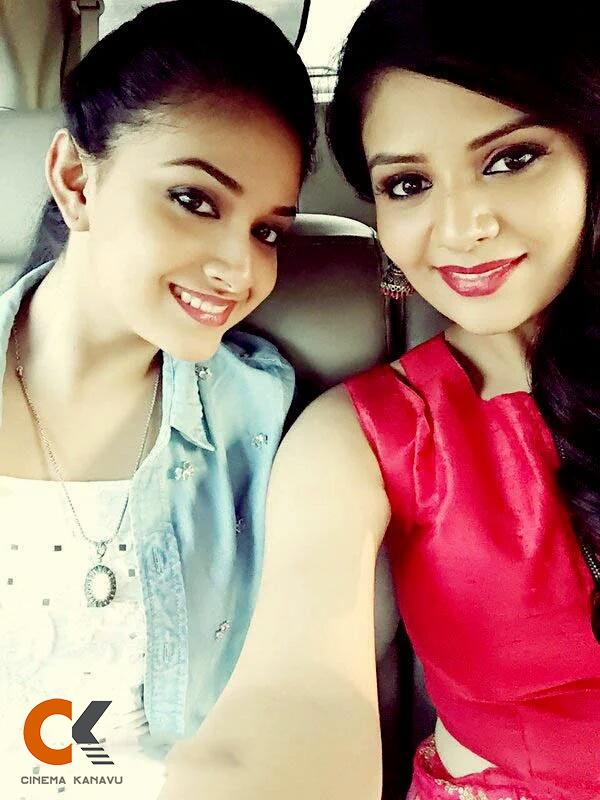 Keerthi Suresh selfie still