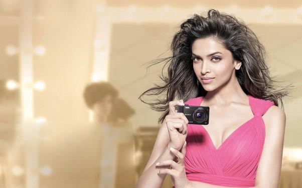 Deepika Padukone photo for Indian Celebrity Wallpaper