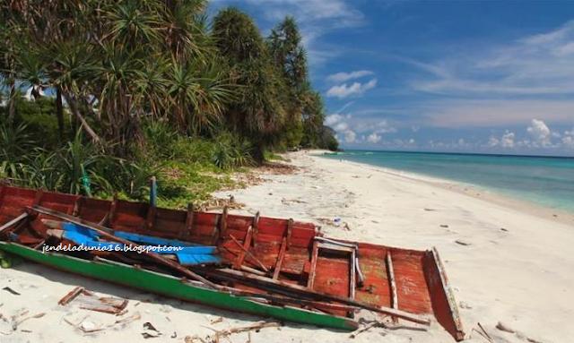 Pantai Tapak Gajah, Pesona Wisata Dari Sabang