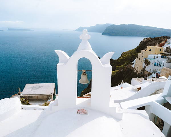 16 Tips For Renting A Car In Santorini