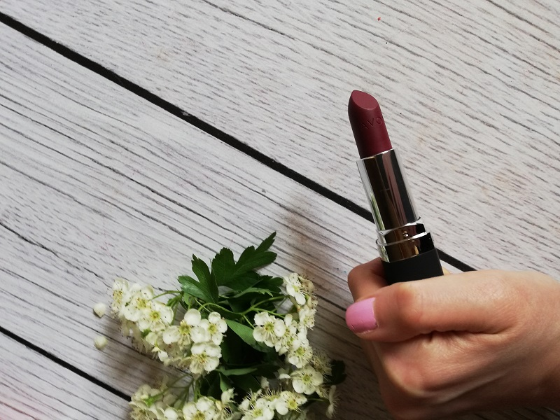 Avon True Color Wild Cherry