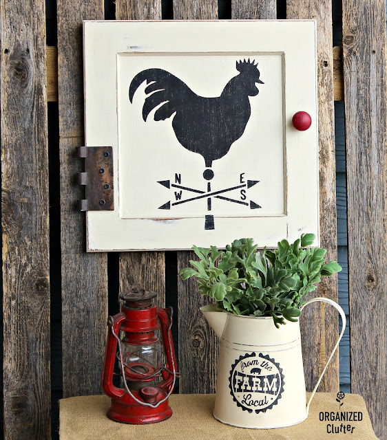 Cabinet Door Repurposed As Rooster Farmhouse Decor Cabinet Door Repurposed As Rooster Farmhouse Decor #stencil #repurposed #farmhousestyle