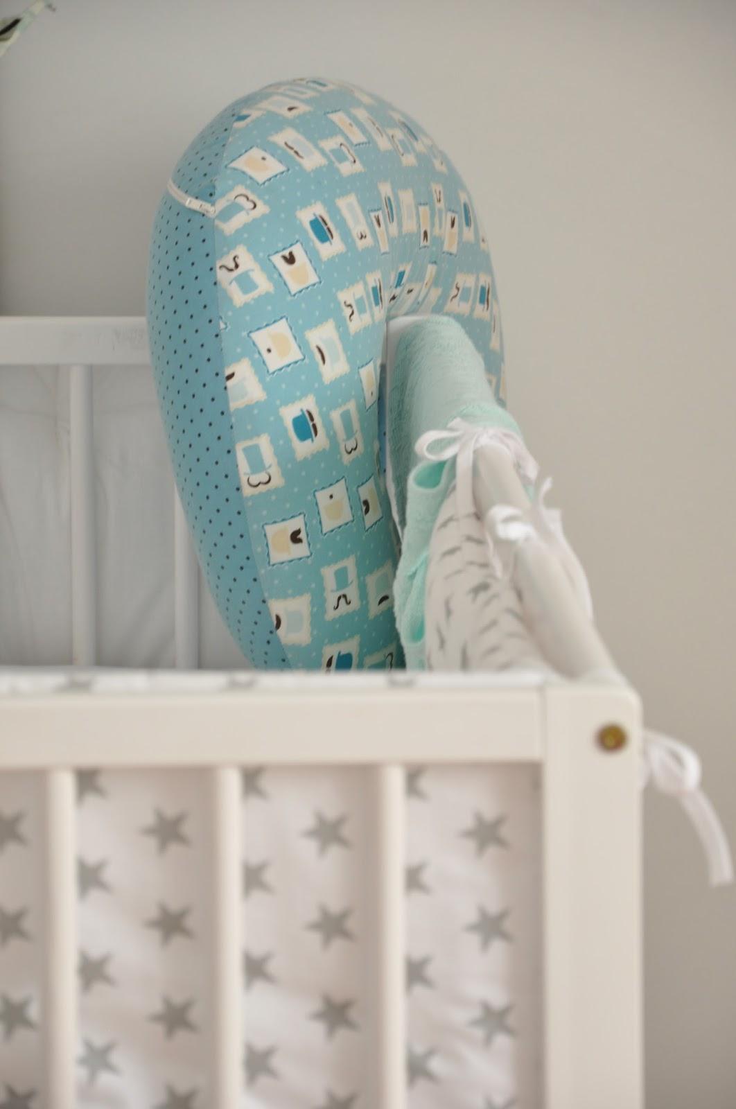 mobil moi mili karulza origami ochraniacz w gwiazdki bettys home kocyk miętowy la millou plakat lemon ducky rogal do karmienia fasolka motherhood