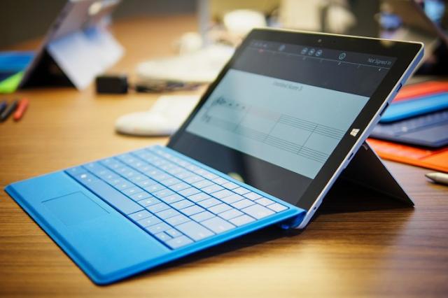مايكروسوفت تطرح تحديث جديد للبرنامج الثابت لجهاز Surface 3