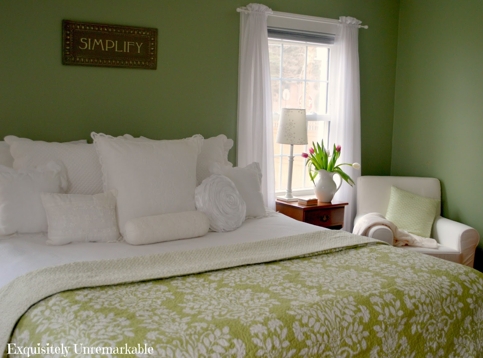 Green And White Master Bedroom Decor