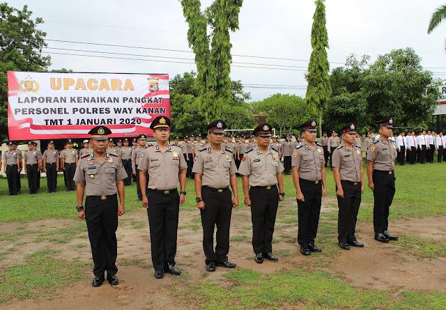 74 Personel Polri Naik Pangkat, Kapolres Way Kanan Beri Apresiasi