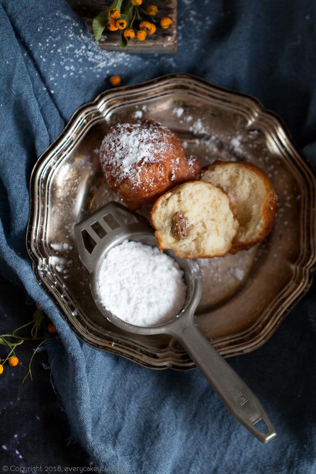 fritole - drożdżowe karnawałowe pączki z Wenecji
