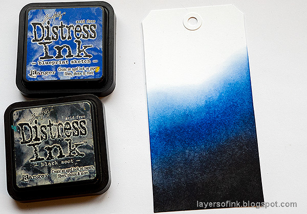 Layers of ink - Celebrate 2021 Tag Tutorial by Anna-Karin Evaldsson. Ink the tag with Distress Ink.