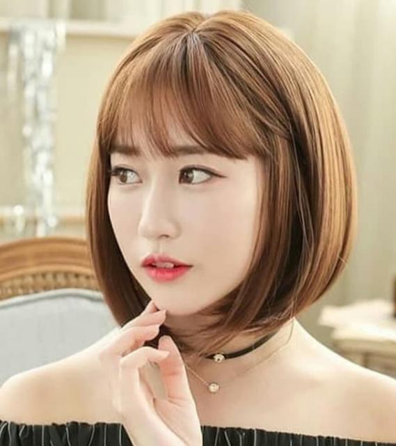 Model rambut wanita pendek sci-fi bob